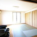 2階洋室(畳スペースあり)(居間)